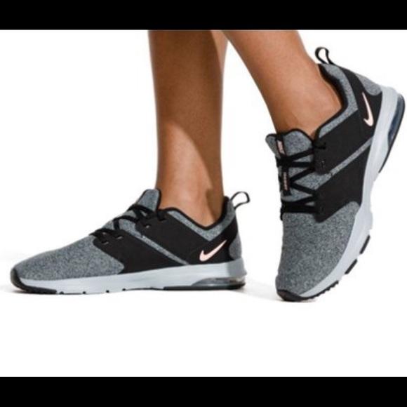 New Nike Womens Air Bella Tr Training